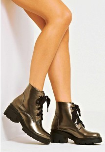 Bailey Ribbon Lace Up Platform Biker Boot Peuter
